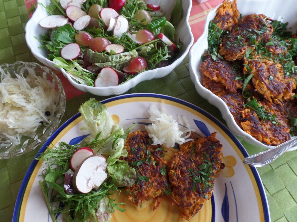 Sauerkraut-Süßkartoffel-Bratlinge Lebens-Küche Regina Herrmann
